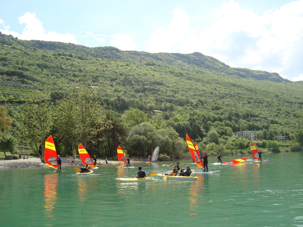 windvalley-surf-center-lago-di-cavedine-sport-vela-kayak (19)